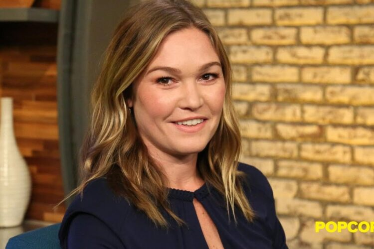 Julia Stiles, an American actress. Born and raised in New York City, Stiles began acting at age 12.