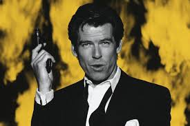 Pierce Brosnan, After leaving comprehensive school at age 16, Brosnan began training in commercial illustration, then went on to train at the Drama Centre in London for three years.