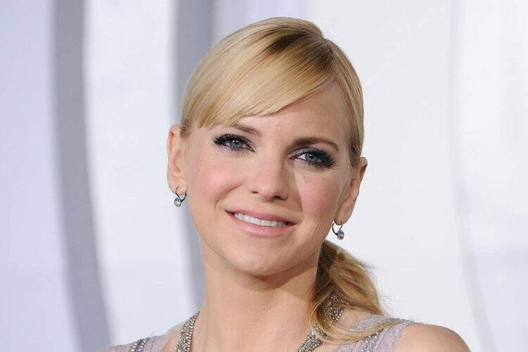 Anna Faris, She rose to prominence for her work in comedic roles, particularly the lead part of Cindy Campbell in the Scary Movie films.