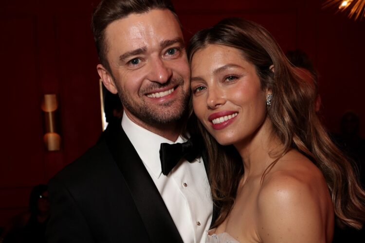 Jessica Timberlake, Biel began her career as a vocalist appearing in musical productions until she was cast as Mary Camden in the family drama series 7th Heaven, in which she achieved recognition.