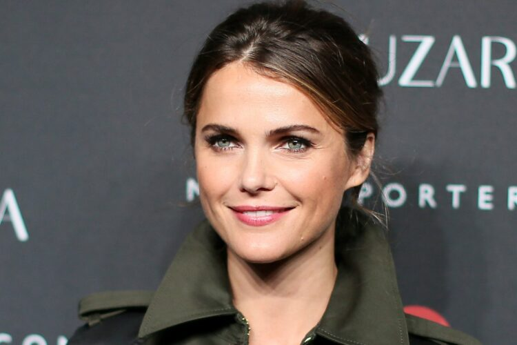 Keri Russel, She came to fame for portraying the title role of Felicity Porter on the WB drama series Felicity, for which she won a Golden Globe Award