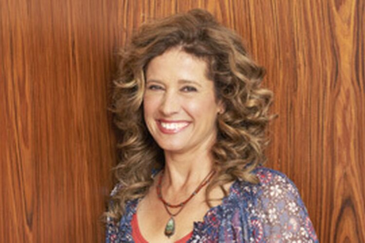 Nancy Travis, She began her career on Off-Broadway theater, before her first leading screen role in the ABC television miniseries Harem opposite Omar Sharif.