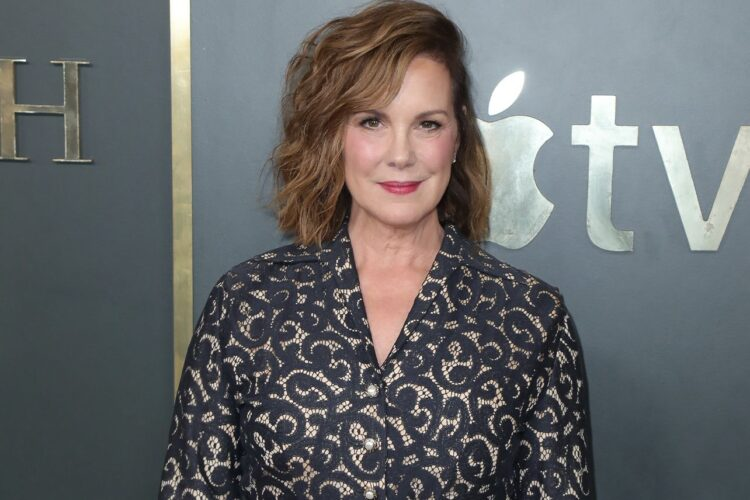 Elizabeth Perkins, Her film roles have included About Last Night, Big, The Flintstones, Miracle on 34th Street, Avalon, and He Said, She Said, and her voice as Coral in the Pixar film Finding Nemo