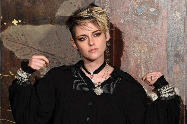 Kristen Stewart, The world's highest-paid actress in 2010 and 2012, she is the recipient of several accolades,