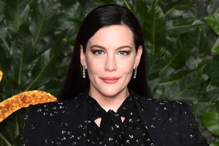 Liv Tyler, Tyler began a career in modeling at age 14. She later decided to focus on acting, and made her film debut in Silent Fall.