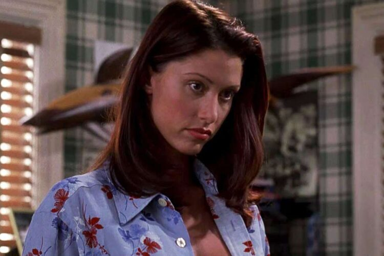 Shannon Elizabeth, Elizabeth has appeared in comedy films such as American Pie, Scary Movie and also in horror movie