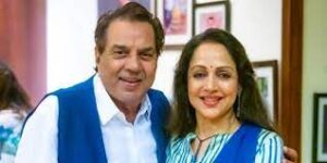 Dharmendra and Hema Malini, are one of the most loved couples of Bollywood