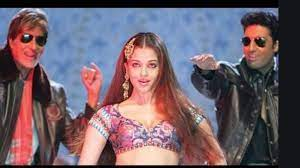 Kajra Re, is a masterpiece from Bunty and Bubly where the unique lyrics of the song finds perfect consolation in Aishwarya Rai's ethereal looks and delicate hand movements.