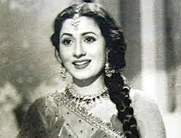 Madhubala smile, she has gorgeous smile.