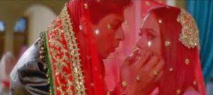 Main Yahan hon Yahan hon, Shahrukh Khan and Priety Zinta as Veer Zara look magical together in this song.