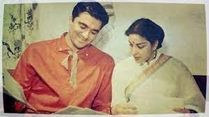 Sunil Duntt and Nargis Dutt, Nargis-Sunil Dutt's love story was one of the greatest real life romances of Hindi cinema.