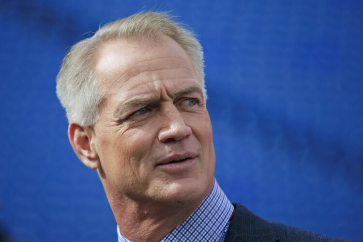 Star Daryl Johnston, a former fullback in the National Football League for the Dallas Cowboys.