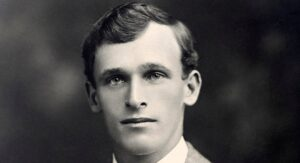 Clarrie-Grimmet, Clarence Victor Grimmett was a New Zealand-born Australian cricketer. He is thought by many to be one of the finest early spin bowlers.