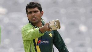 Kamran Akmal, plays for Pakistan as a right-handed batsmen & wicketkeeper.